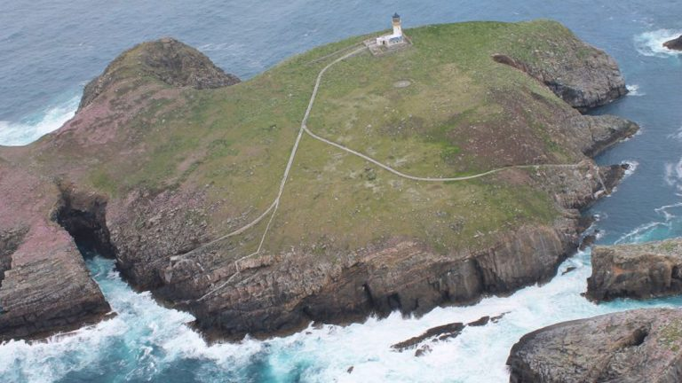 eilean-mor-lighthouse-keepers